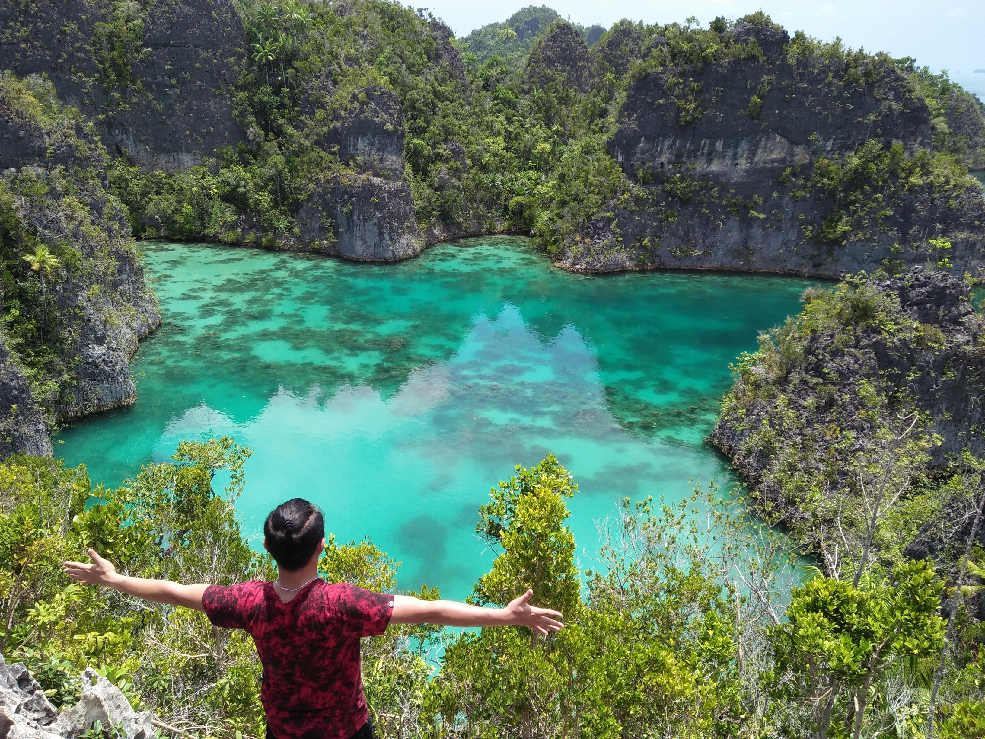 Paket Tour Raja Ampat Piaynemo Dan Wayag 4d3n Campa Tour And Event
